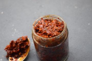 homemade schezwan chutney