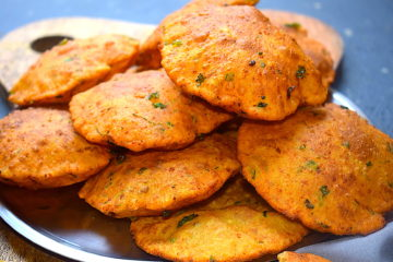 whole wheat paneer puris