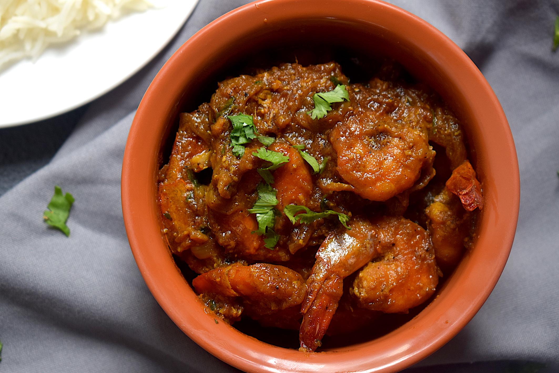 slow cooked prawn masala