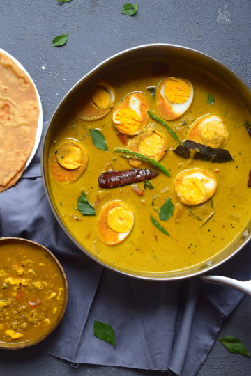 yellow egg curry